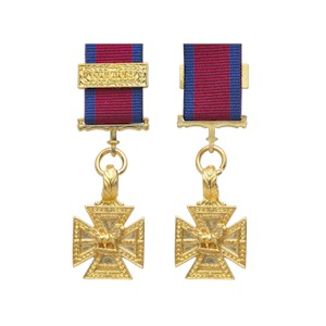 Army Gold Cross - Toulouse Clasp - Miniature