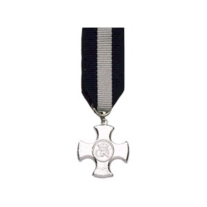 Distinguished Service Cross - Miniature